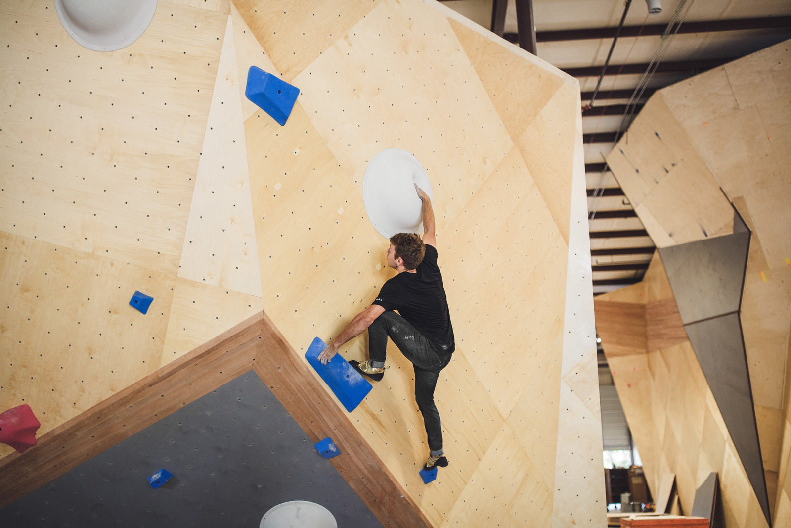 men's so ill climbing denim jeans bouldering at nashville gym