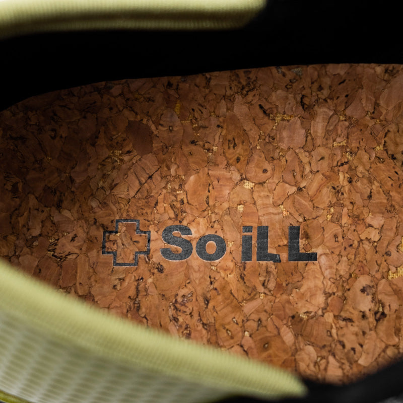 Up close image of So iLL setter Shoe cork insole