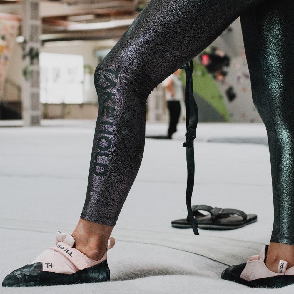 So iLL shimmer leggings being worn while in a bouldering gym