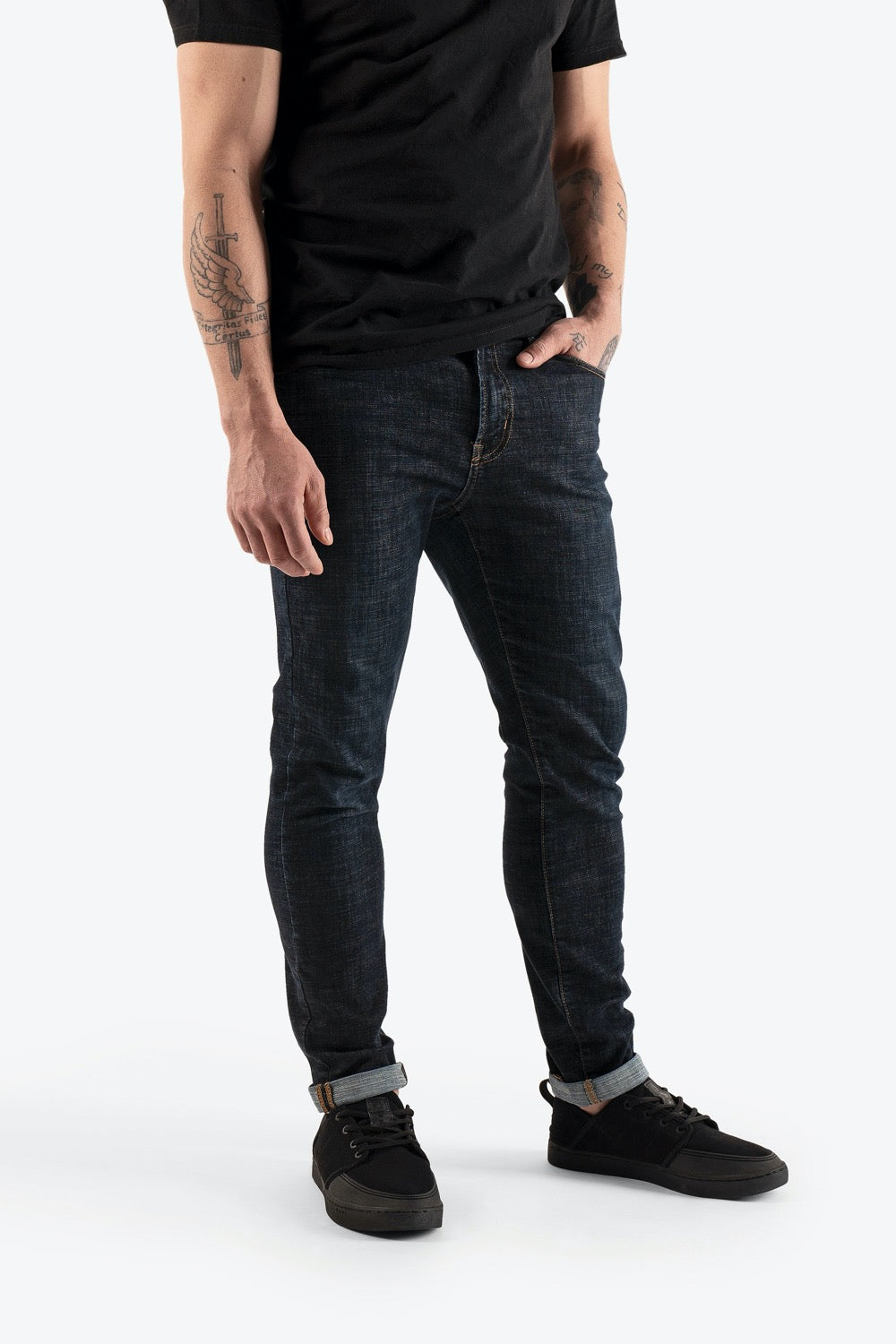 So iLL mens climbable blue denim with black shoes