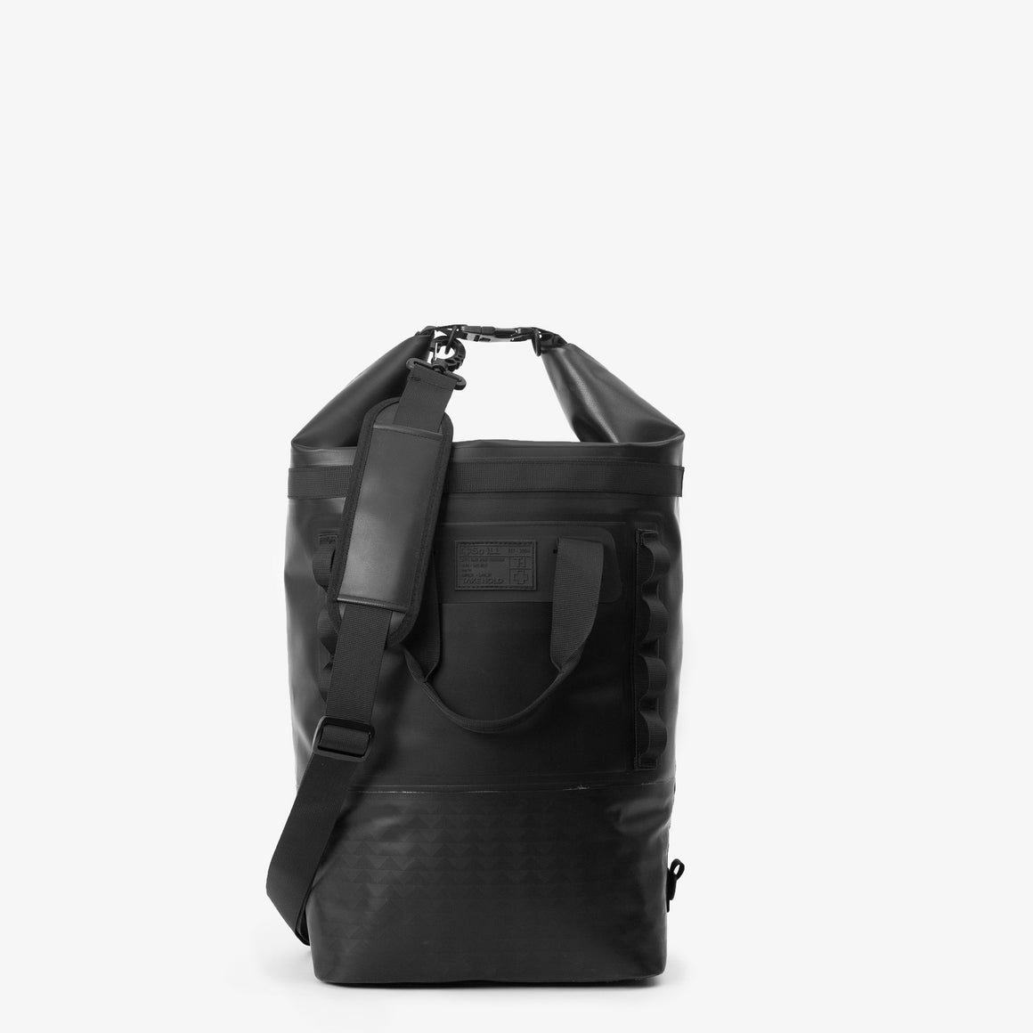 the front of a black 25L so ill x on the roam dirt bag is shown on a grey background
