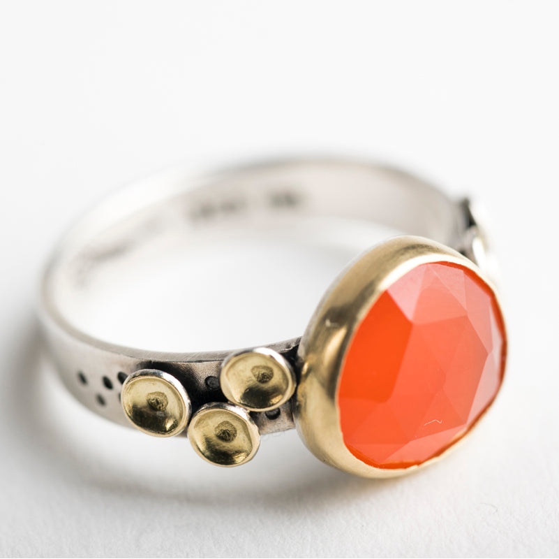 Kenai Carnelian Seascape Ring in 18k Gold & Silver - Size 7 1/4