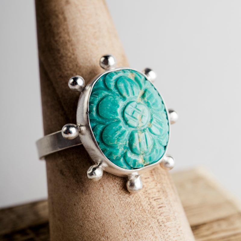Hailey Bezel Set Carved Turquoise in Silver w/ Dot Halo