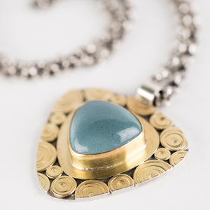 Osaka Aquamarine Pendant Necklace in 18k Gold & Silver