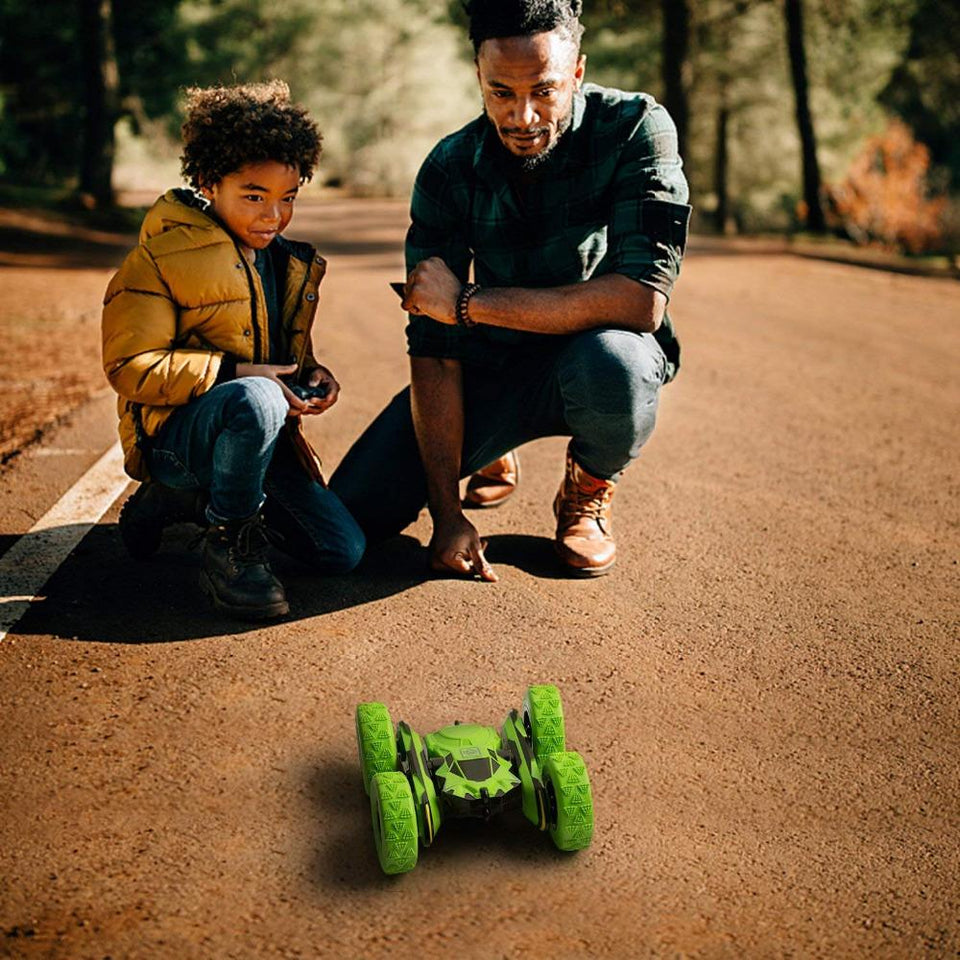 Double-Sided RC Stunt Car