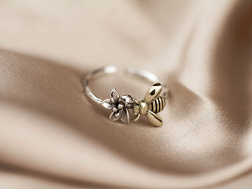 bee ring adjustable