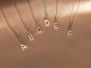 letter initial chain