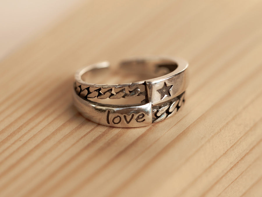 love retro vintage silver ring
