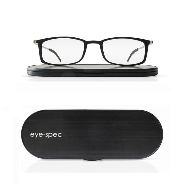 soho duo | 2 pairs of stylish, super light reading glasses with ultra-slim case