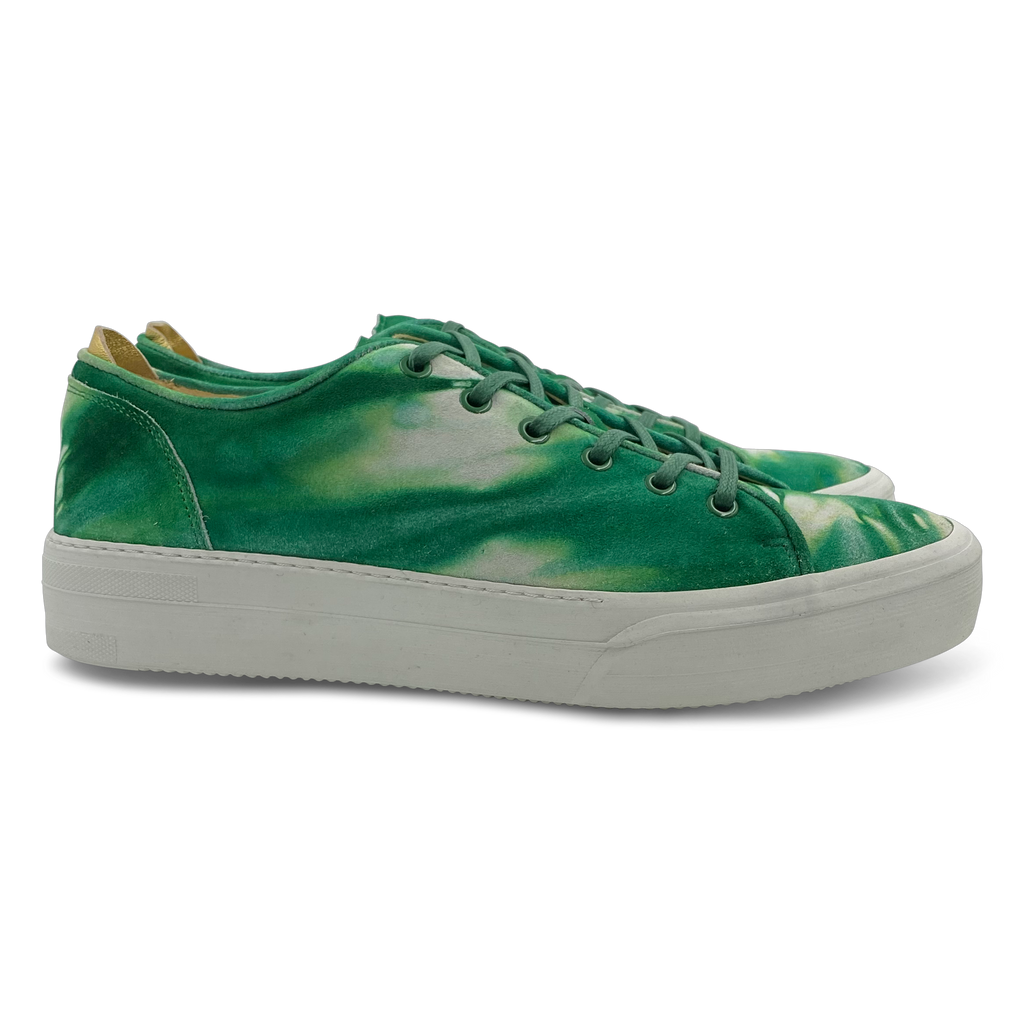 Conscious Sneaker in Lab Emerald