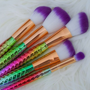 7 Piece Rainbow Mermaid Brush Set