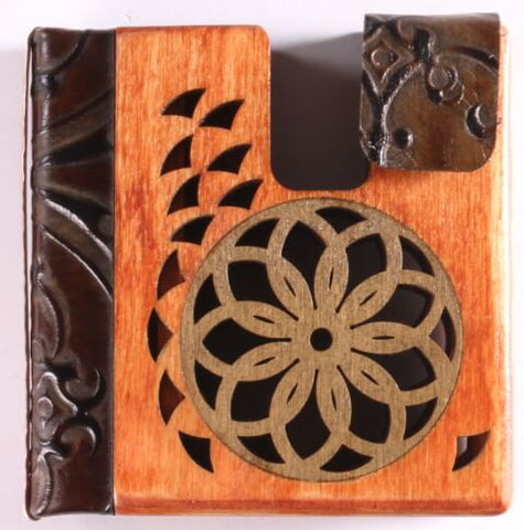 2-Color Wooden Rose Window Folding Wallet