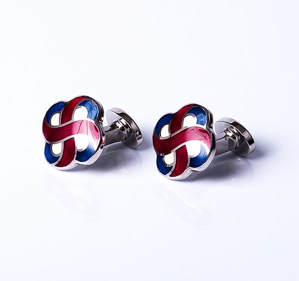Load image into Gallery viewer, Clover Cross Base Metal Cufflinks