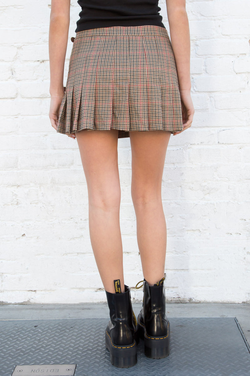 Brown and Red Houndstooth