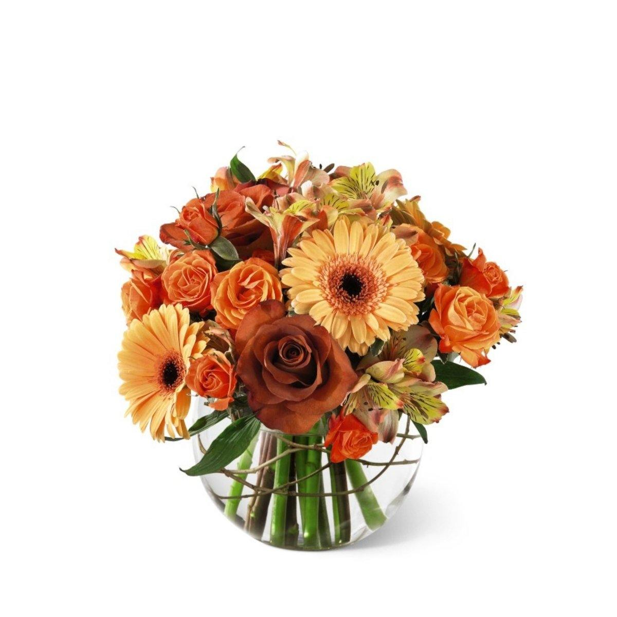 The FTD® Natural Elegance Bouquet - Shalimar Flower Shop