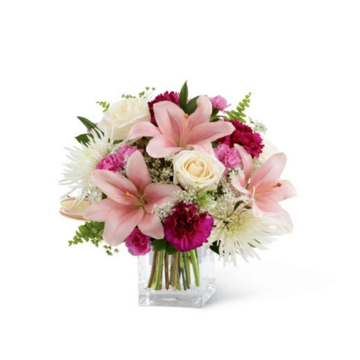 The FTD Shared Memories Bouquet - Shalimar Flower Shop