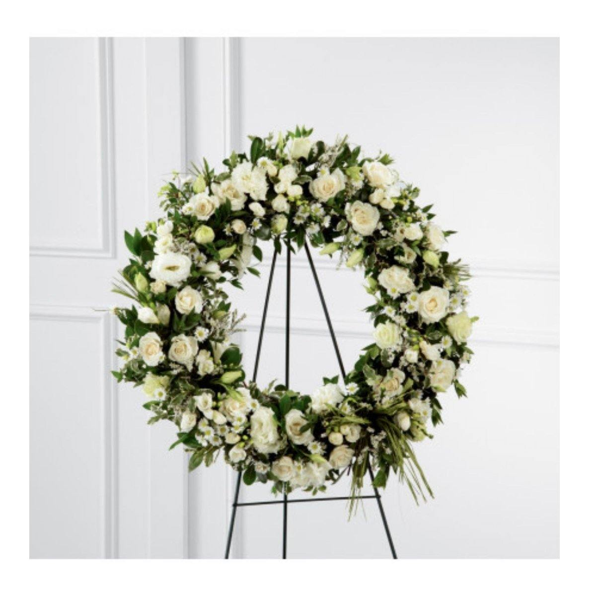 The FTD® Splendor Wreath - Shalimar Flower Shop