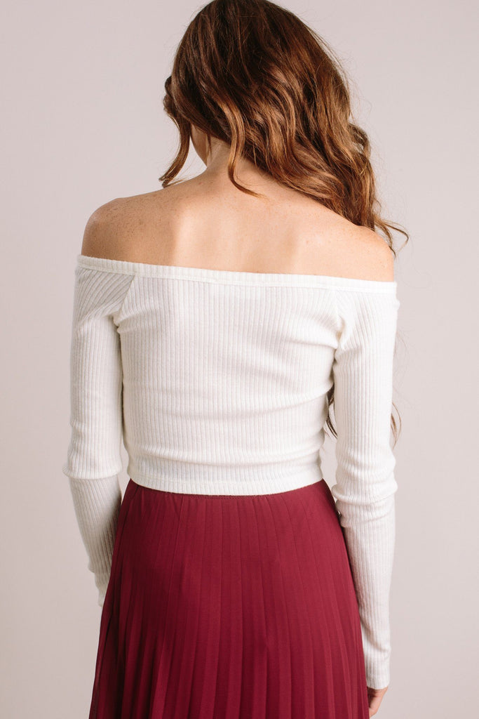 Tara Ribbed Off the Shoulder Crop Top Tops HYFVE