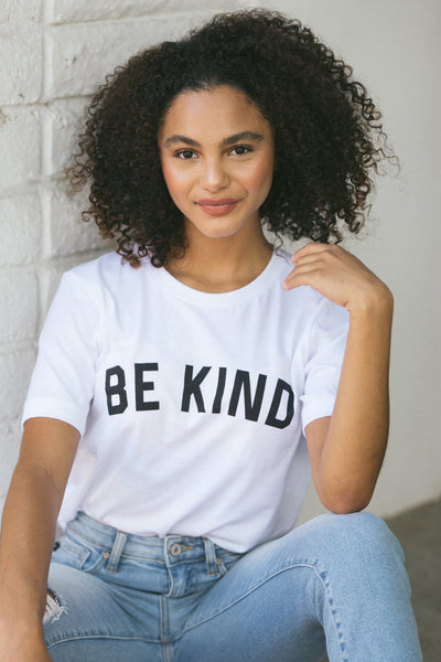 Kendra Be Kind Graphic T-Shirt Tops Alpha White Small