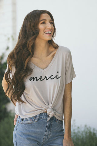 Alana Merci V-Neck T-Shirt Tops Hyfve