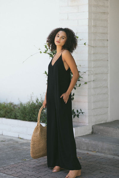 Kira V-Neck Flowy Jumpsuit Jumpsuits Final Touch Black Small