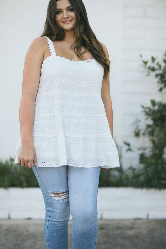 Curvy Sarah Eyelet Tiered Cami Tops Andree by Unit