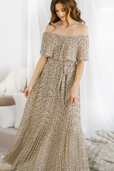 Brenna Printed Pleated Maxi Dress Dresses She + Sky Lt. Taupe Small