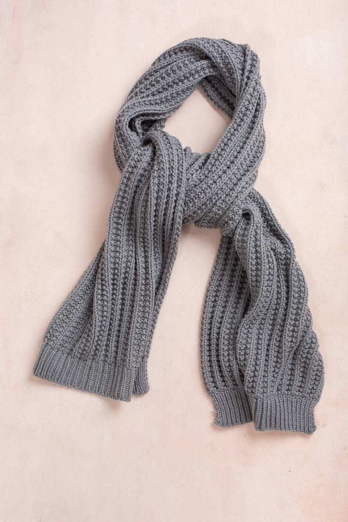 Samantha Knitted Scarf Scarves Fame Grey