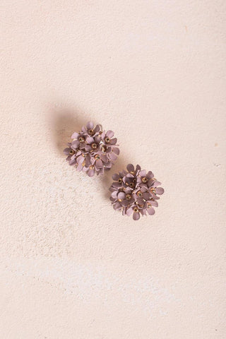 Janelle Flower Earrings Earrings Fame Taupe