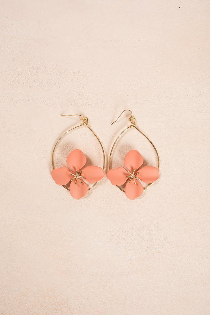 Daniela Peach Flower Earrings