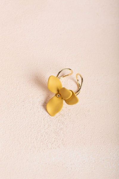 Danica Flower Ring Rings Fame Mustard