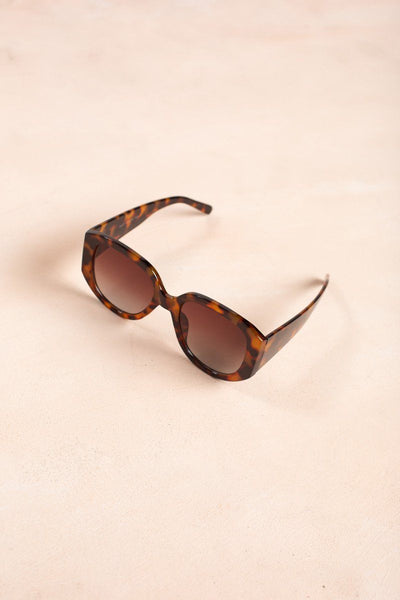 Addison Sunglasses Sunglasses Joia Tortoise