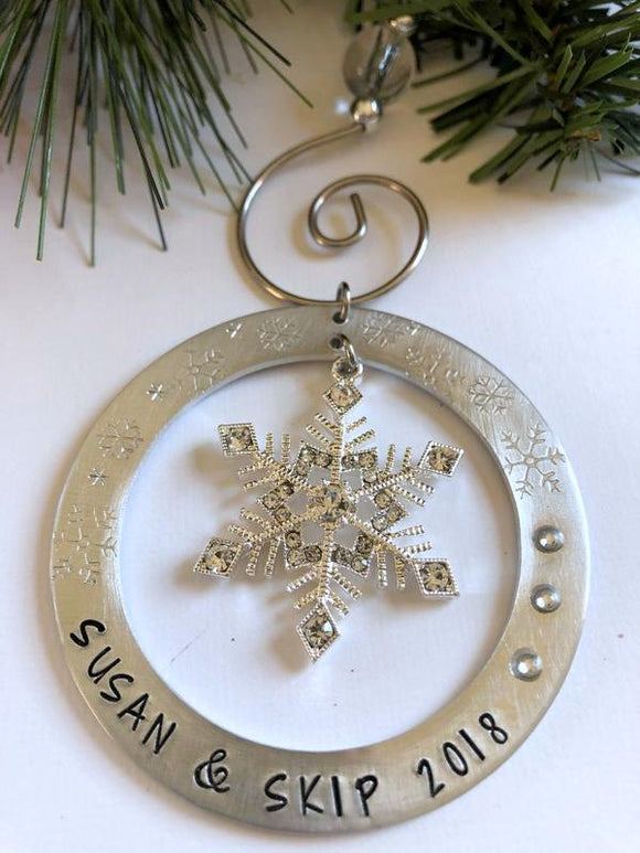 Personalized 2018 Snowflake Christmas Ornament - Bling Chicks Jewelry Accessories Gifts