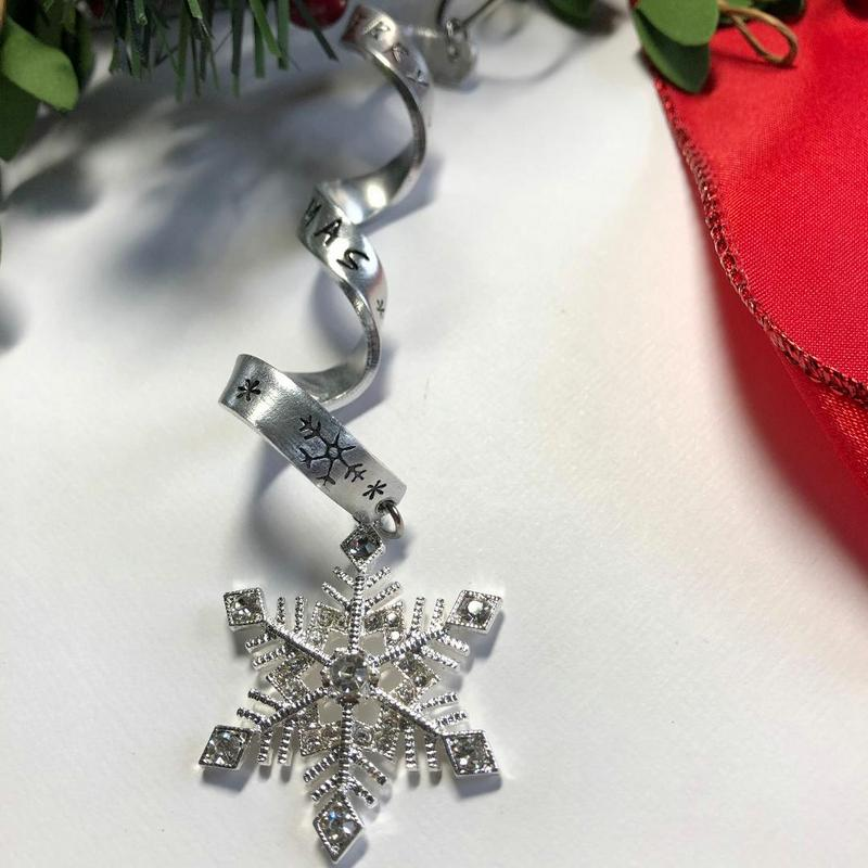 Personalized Icicle Snowflake Christmas Ornament - Bling Chicks Jewelry Accessories Gifts