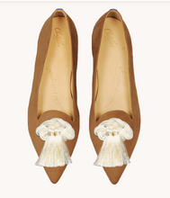 Load image into Gallery viewer, Chatelle - Isidore Camel Suede Flats