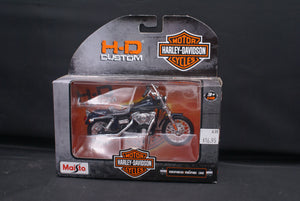 Open image in slideshow, Harley Davidson Models Series 32