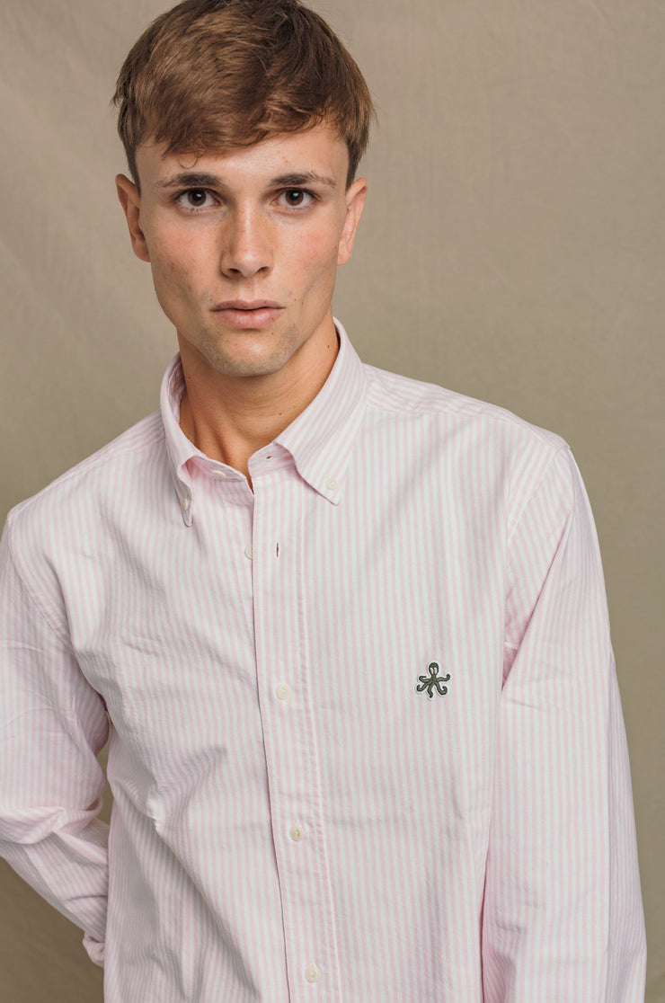 {{ tipo de producto }} CAMISA OXFORD RAYA ROSA BUTTON DOWN - Harrys 1982