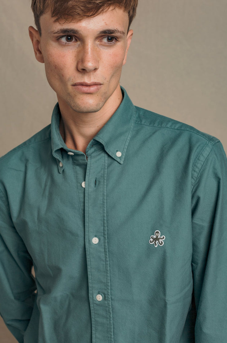 CAMISA OXFORD VERDE BUTTON DOWN