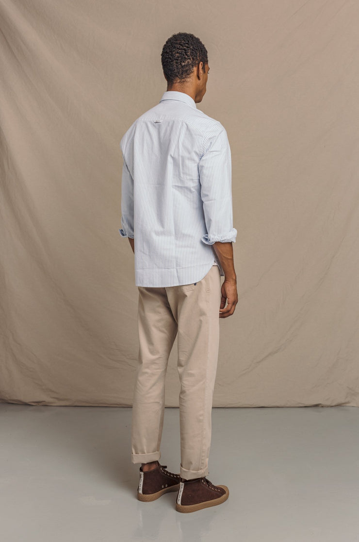 {{ tipo de producto }} CAMISA OXFORD RAYA CELESTE BUTTON DOWN - Harrys 1982