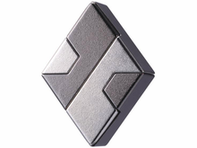 Load image into Gallery viewer, Hanayama Cast Puzzle: Level 1 Diamond