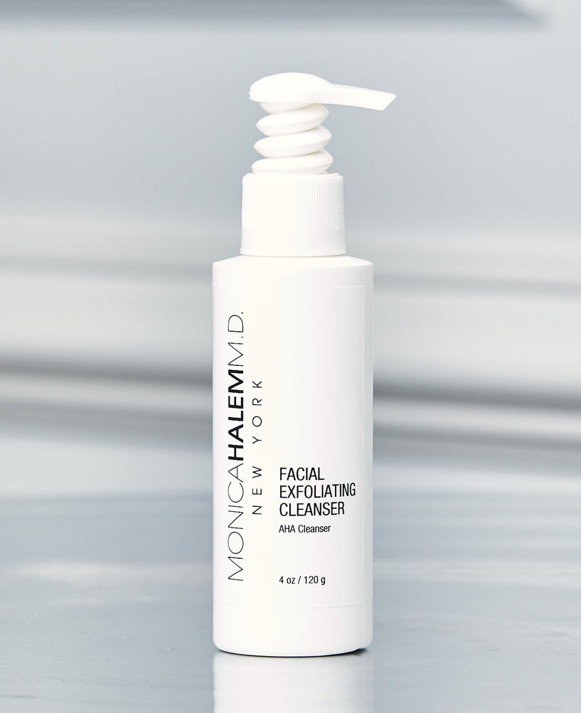 Essential Facial Exfoliating Cleanser