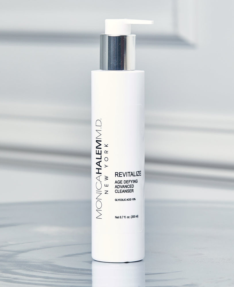 Essential Revitalize Age Defying Advanced Cleanser