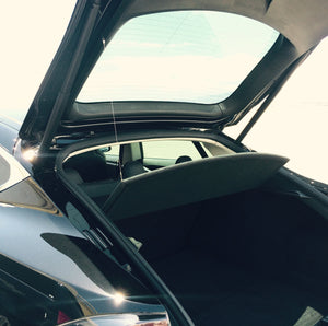 Auto-Lift kit for the Tesla Model S Parcel Shelf