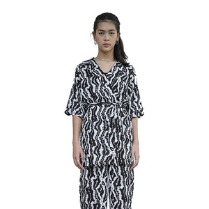 Load image into Gallery viewer, Sahara Kimono Black White