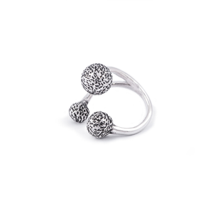 Load image into Gallery viewer, Gravity Silver Midi Ring