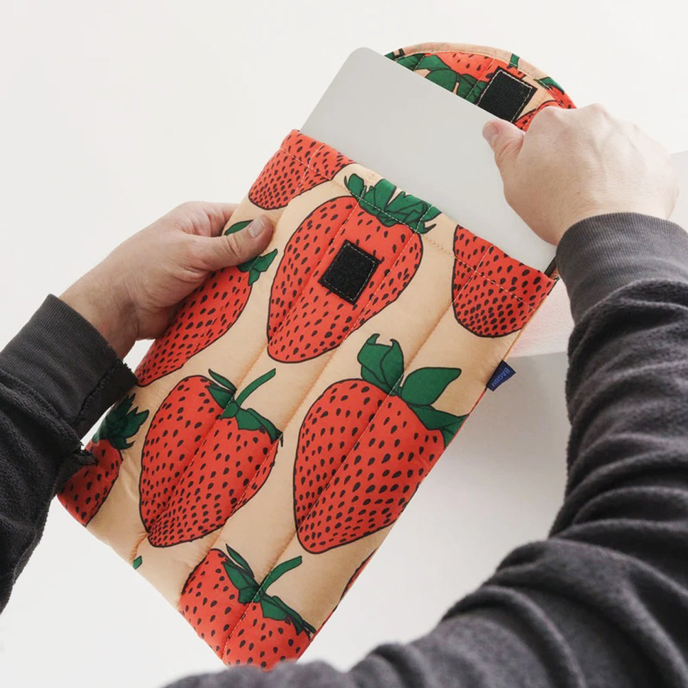 "Puffy Laptop Sleeve 13"" Strawberry"