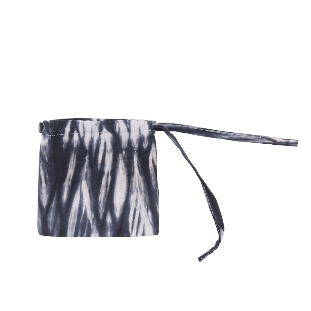 Zebra Pouch Mask Black