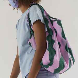 Load image into Gallery viewer, Standard Baggu Pink and Green Wavy Stripe