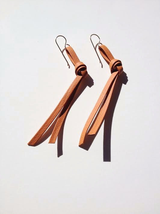 Un Knot Leather Ear Wire
