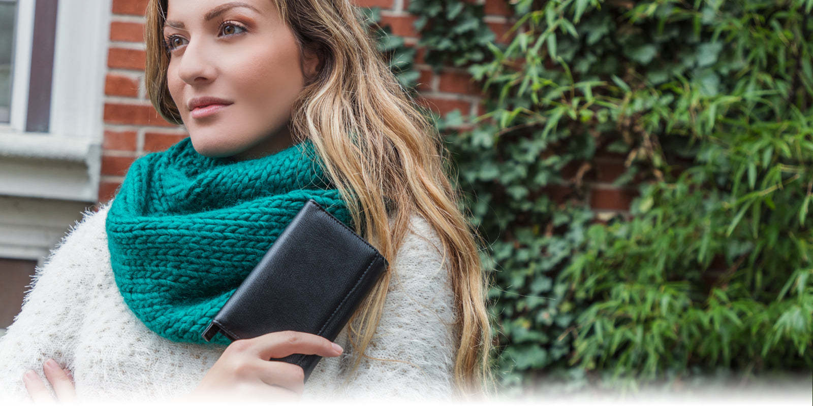 Mundi Wallets Blog - Women's Wallets & Women's Crossbody Bags - Get insights on women's wallets, crossbody bags, fashion trends, product designs, and more by tuning into the Mundi blog!